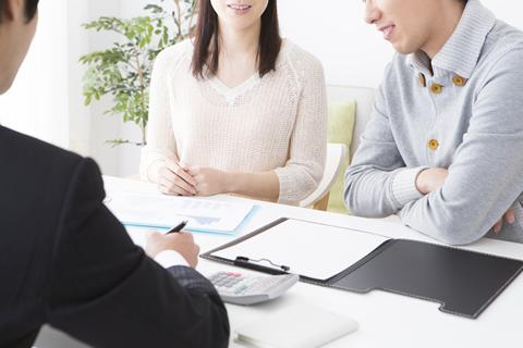 かしこい保険の活用方法をアドバイス 保険会社との交渉もあなたに代わって対応します